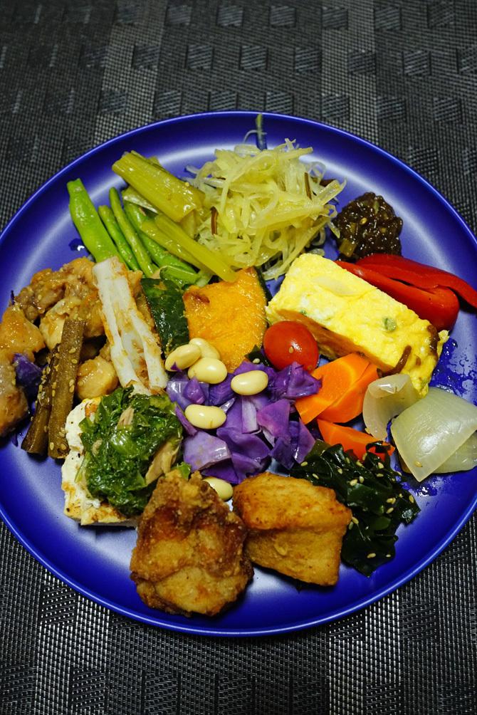 ウチで食べよう 那覇のお弁当 48PANの野菜もりもり弁当と九州味処すかぶら塩さば弁当_b0049152_18243203.jpg