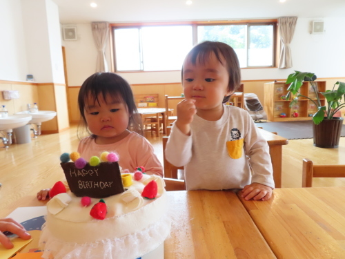 乳児 4月、5月生まれのお友達_f0327175_11475704.jpg