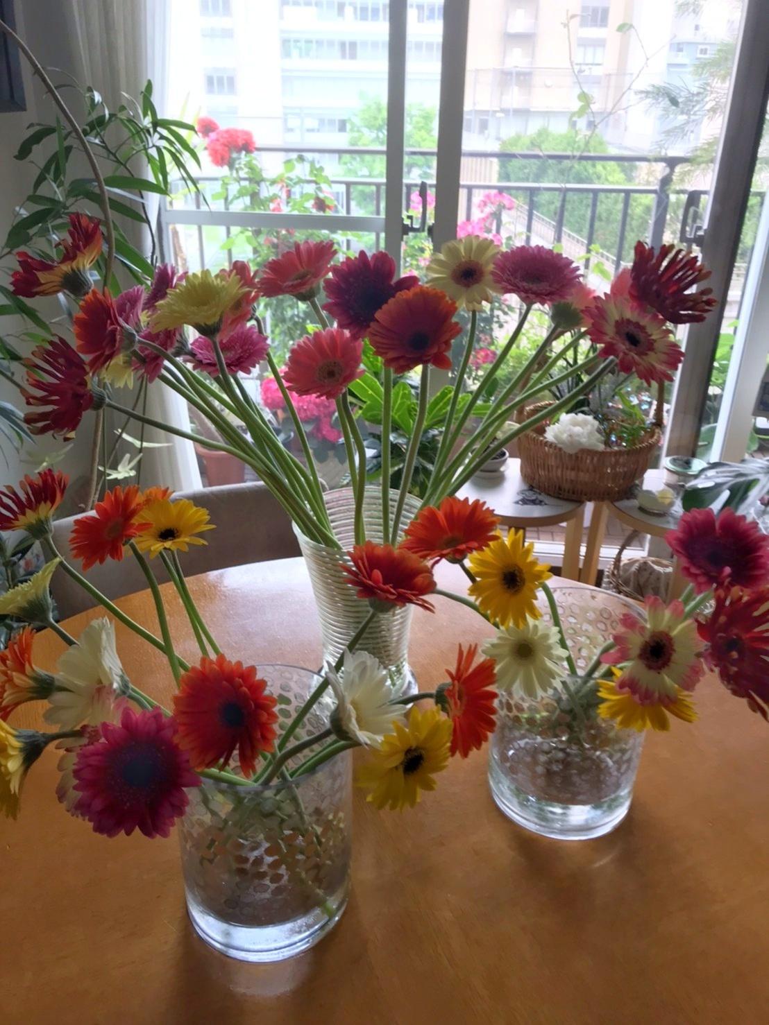 嬉しいお花のプレゼント♪_d0339889_18441617.jpg