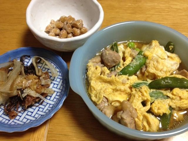 鶏肉とスナップエンドウのたまごとじ_e0097895_20130071.jpg