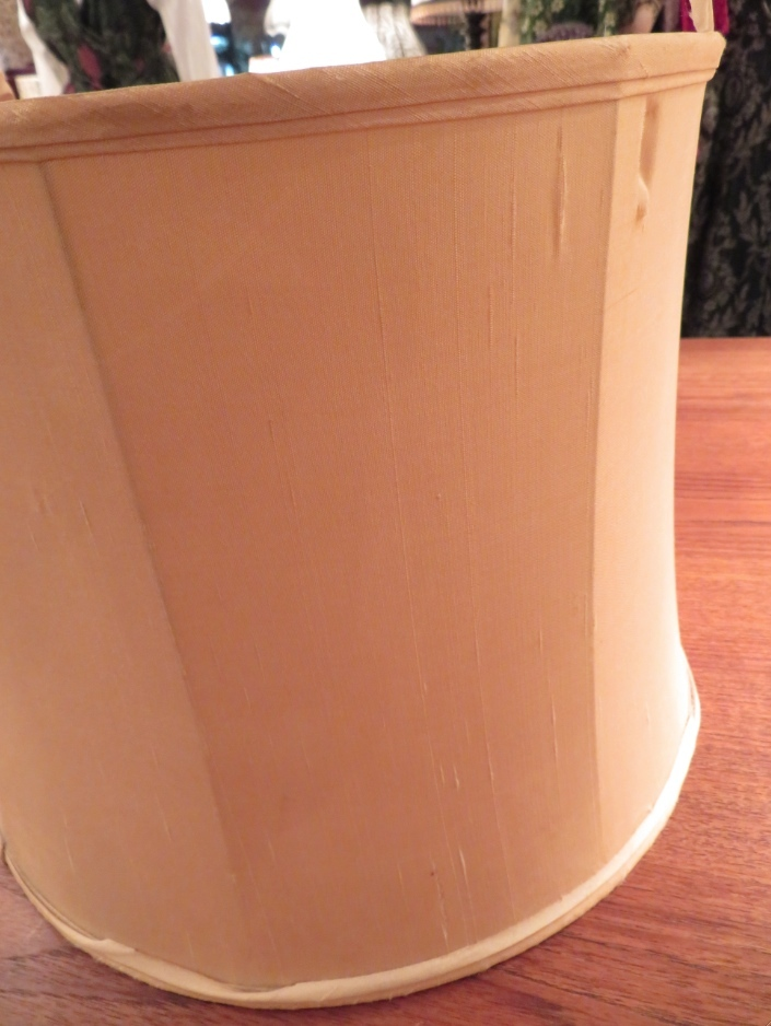 モリスの布『ウィルへルミナ』 ランプシェード張替 モリス正規販売店のブライト_c0157866_16404542.jpg