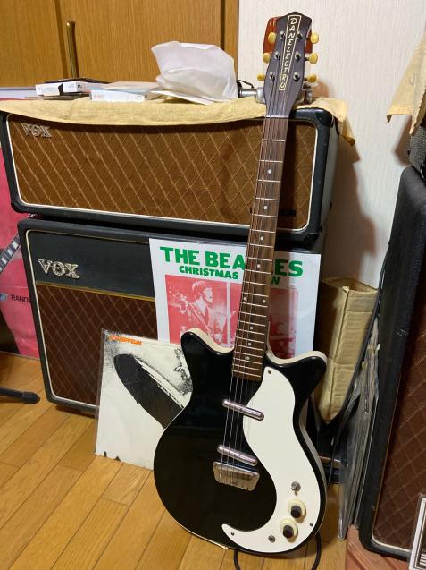 まさかのレアギター!_c0023278_18543172.jpg