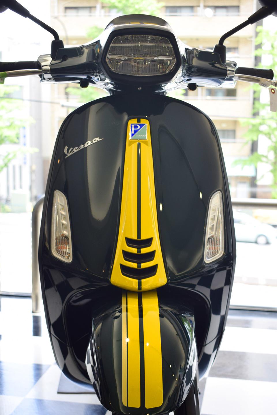 Vespa SPRINT RacingSixties ベスパ スプリント レーシングシックスティーズ 入荷♪_d0099181_15080933.jpg