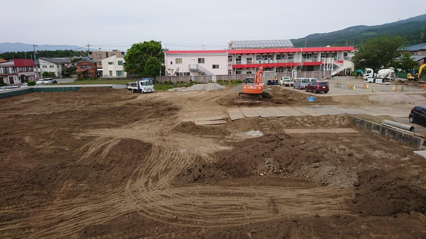 5/16 総合児童施設土木工事進捗状況_e0185893_07513485.jpg