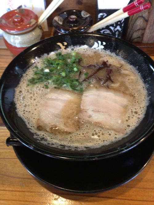 東比恵「博多 一成一代」濃くて臭くて美味しいのよね_c0403415_21062353.jpg