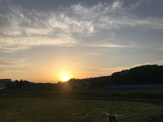 きれいな夕陽を見ながら♪_f0242002_17053568.jpg