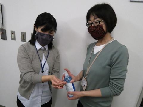 マスクの必要な方、おられませんか_b0159251_14425786.jpg