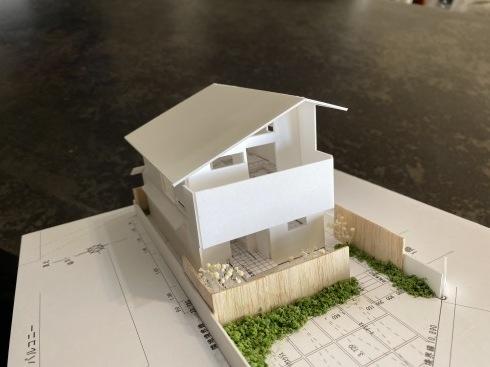 ~家での時間が豊かに広がる~『2階ピットリビングのある家』の模型をホームページに記載しました_d0082356_08544582.jpg