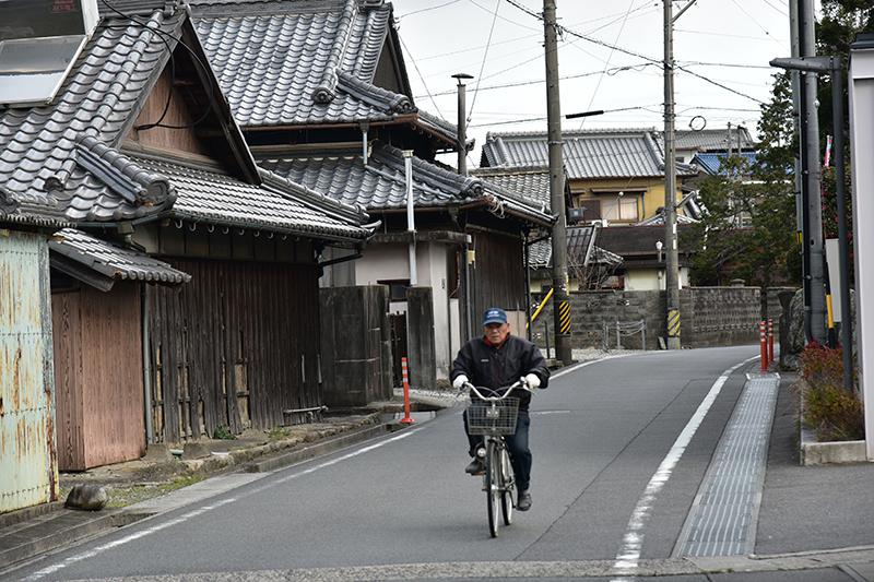 東海道 亀山宿から四日市宿を行く_e0164563_09114269.jpg