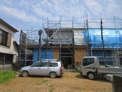 建築現場は完成へ向けて着々と_d0297177_22110051.jpg