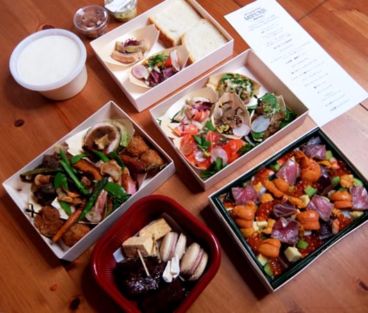 NYの和食レストラン、ミフネ(MIFUNE)初の宅配セット、特製ちらし寿司うに・まぐろ追加トッピング・バージョン_b0007805_03351907.jpg