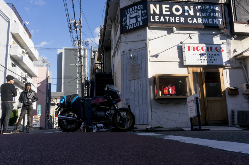 【号外】NEON MASK in マスクド・スーパー社会_f0203027_17091489.jpg