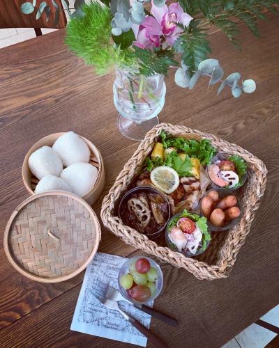 お庭でピクニック_a0142778_17334838.jpg