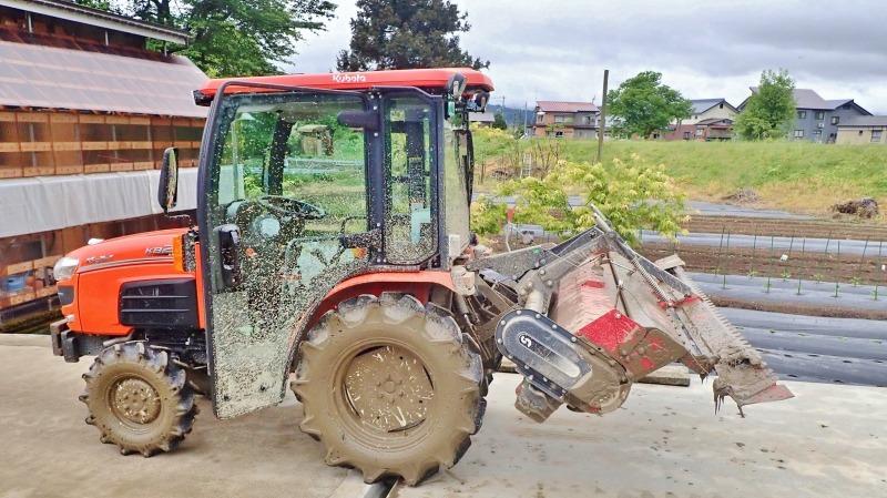 兼業農家の日曜日は田んぼの「代掻き作業」でした!_c0336902_20404021.jpg