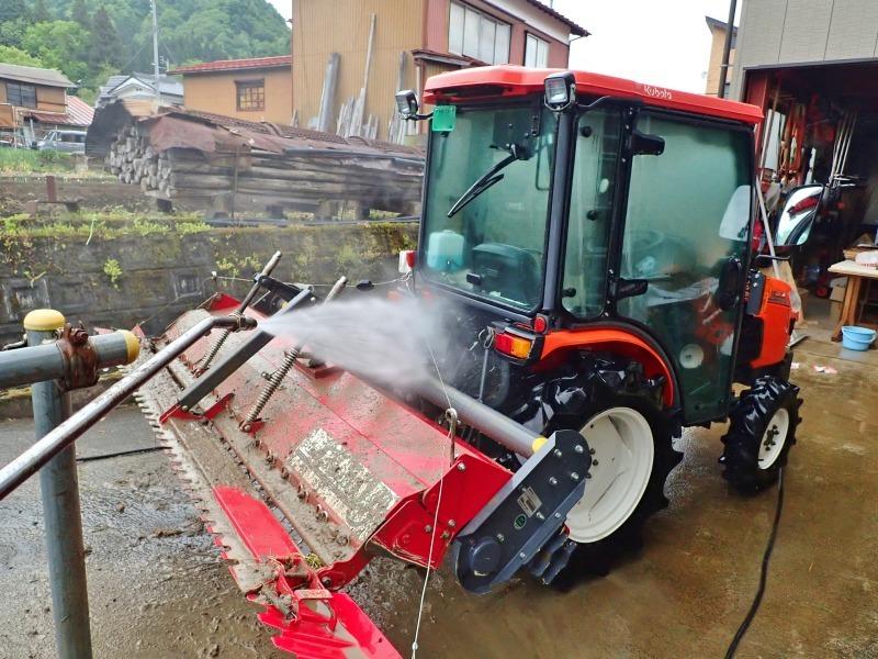 兼業農家の日曜日は田んぼの「代掻き作業」でした!_c0336902_20404423.jpg