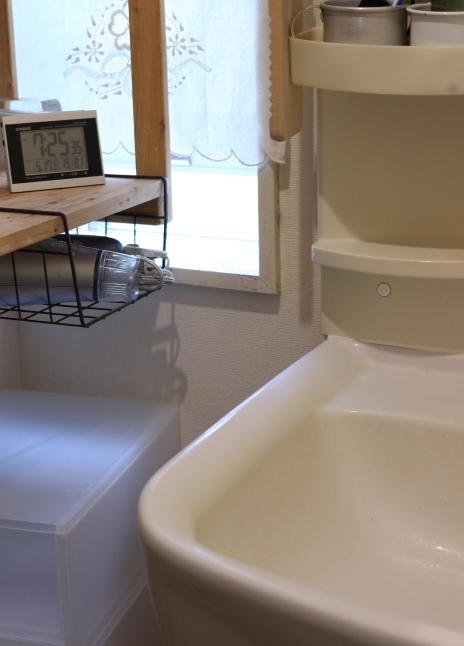 梅雨入り前のお掃除スタート、まずはお気に入りの食器棚から_f0354014_20394228.jpg