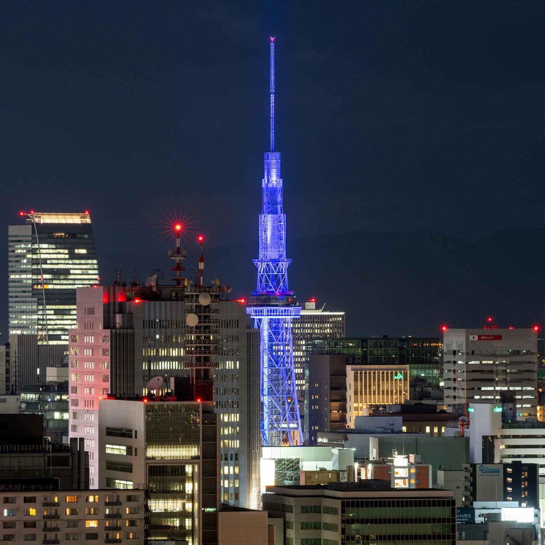 テレビ塔のブルーライトアップ_a0177616_20465928.jpg
