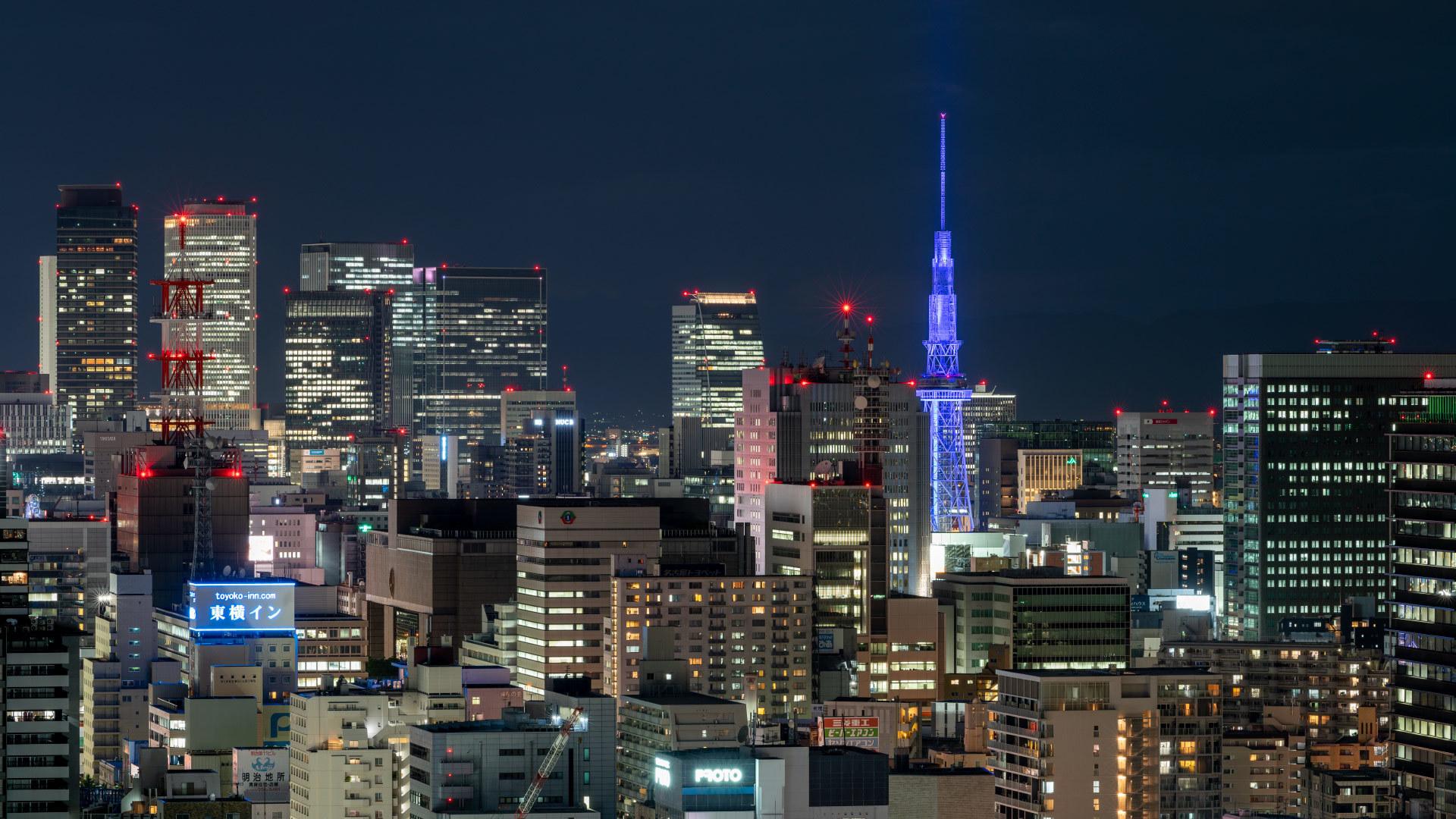テレビ塔のブルーライトアップ_a0177616_20465991.jpg