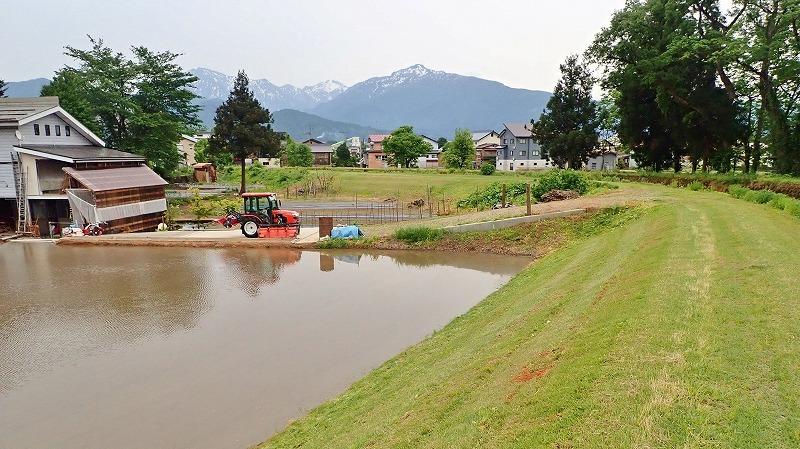 少し時間が空いて・・・河川堤防も草刈り作業!_c0336902_19240296.jpg