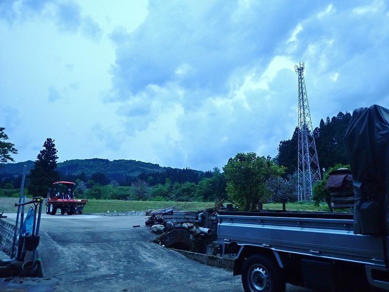 少し時間が空いて・・・河川堤防も草刈り作業!_c0336902_19240903.jpg