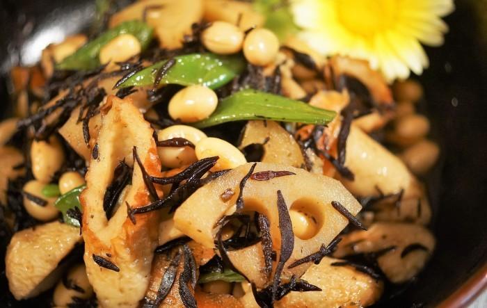 ■和食副菜【五目ヒジキ煮 作り置きにも重宝します♪】_b0033423_21113403.jpg