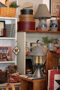 朝のショップの店内、撮りました_f0161543_11455050.jpg