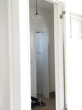 玄関・シューズクロークの収納改善_d0291758_2220197.jpg