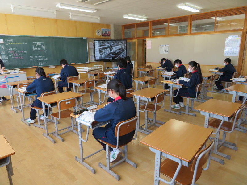 分散登校・授業・給食・そして下校後_e0359282_16175450.jpg