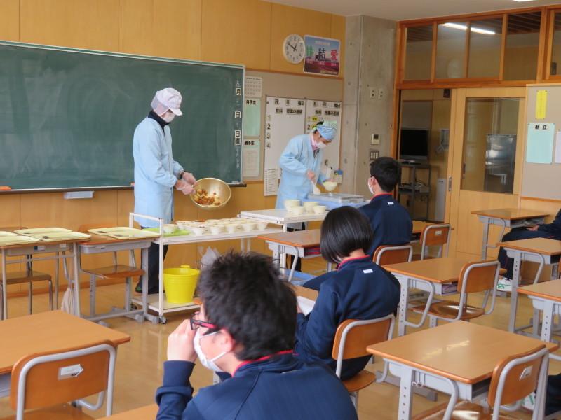 分散登校・授業・給食・そして下校後_e0359282_16181257.jpg