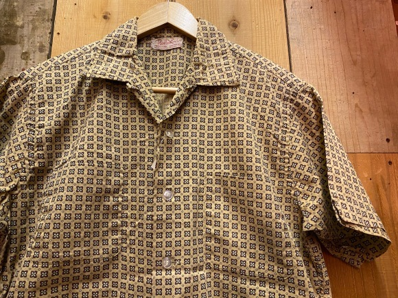 5月23日(土)11:30~マグネッツ大阪店オンラインストア夏物ヴィンテージ入荷!!#3 Vintage Shirt編Part1!!ボタンダウン&コットンボックスシャツ!!_c0078587_16394653.jpg