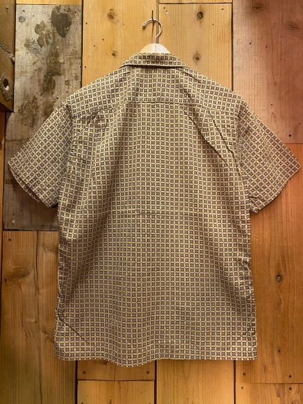 5月23日(土)11:30~マグネッツ大阪店オンラインストア夏物ヴィンテージ入荷!!#3 Vintage Shirt編Part1!!ボタンダウン&コットンボックスシャツ!!_c0078587_16395240.jpg