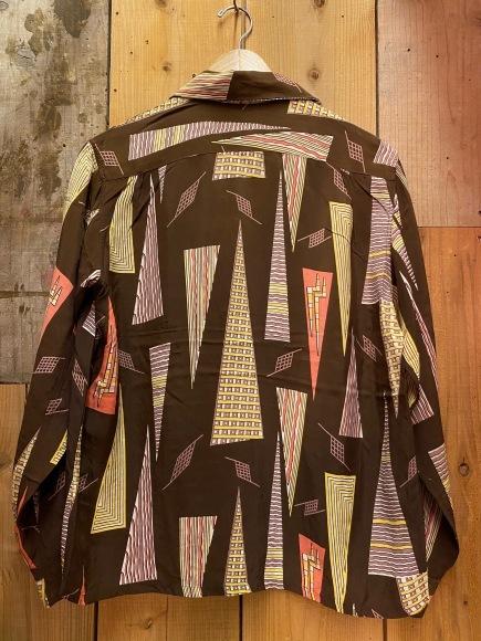 5月23日(土)11:30~マグネッツ大阪店オンラインストア夏物ヴィンテージ入荷!!#4 Vintage Shirt編Part2!!1940\'s~レーヨン&コットンボックスシャツ!!_c0078587_16582017.jpg