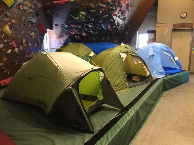 山岳用小型テント展示しています_d0198793_10185951.jpg