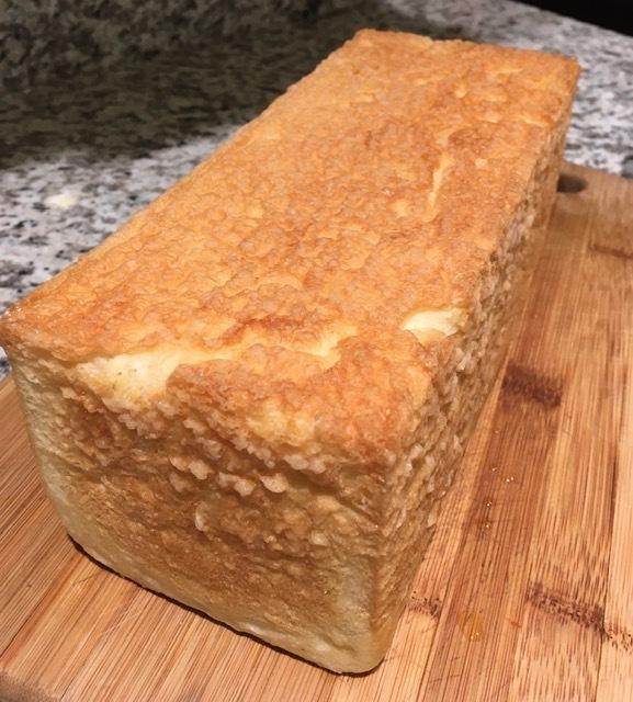 プルマンのパン型で食パンを焼く_e0350971_00381169.jpg