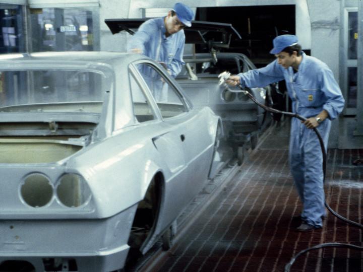 フェラーリの年間生産台数_a0129711_17313300.jpg