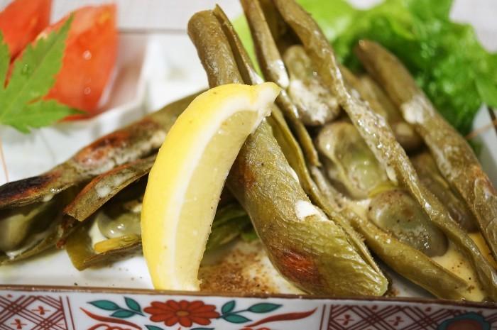 ■菜園料理【採り立て空豆のレモン塩バター焼き】_b0033423_20542190.jpg
