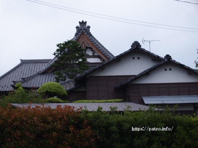 足立区北部地域の県境東伊興の寺町を歩く。_a0214329_16091284.jpg