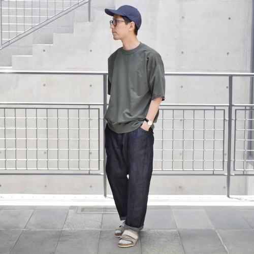 KATO\' Side Seemless Cropped Denim Pants_e0247148_18414817.jpg
