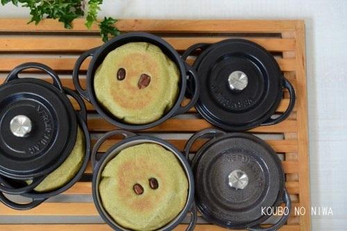 バーミキュラビレッジ限定10cmでパンを焼く_f0329586_09361915.jpg