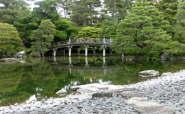 京都御所参観_e0048413_21371850.jpg