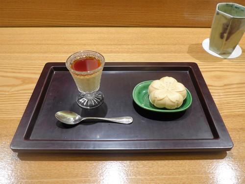 表参道「日本料理 太月」へ行く。_f0232060_1353889.jpg