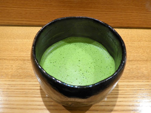 表参道「日本料理 太月」へ行く。_f0232060_1362294.jpg