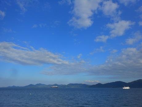 北方四島交流船「えとぴりか」停泊中_e0175370_21205163.jpg