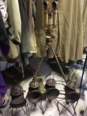 過日新倉庫にて接眼調整済の九三式砲隊鏡。_a0154482_08551560.jpg