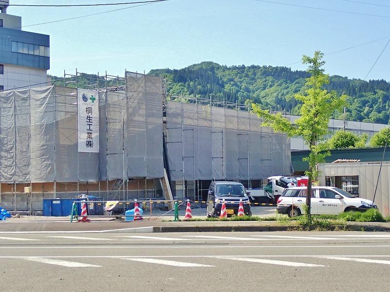 浦佐駅周辺はチョットした新築ブームです!_c0336902_18281484.jpg