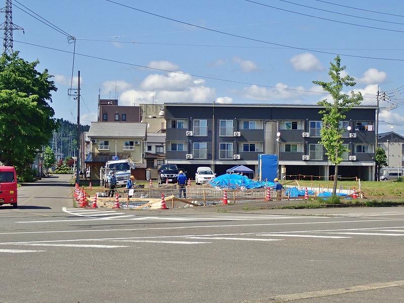 浦佐駅周辺はチョットした新築ブームです!_c0336902_18281866.jpg