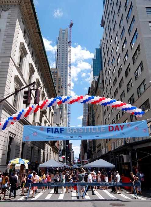 ニューヨークのストリート・フェア、過去ログでバーチャルお散歩_b0007805_22273161.jpg