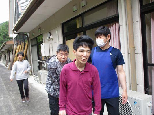 5/22 散歩_a0154110_14584085.jpg