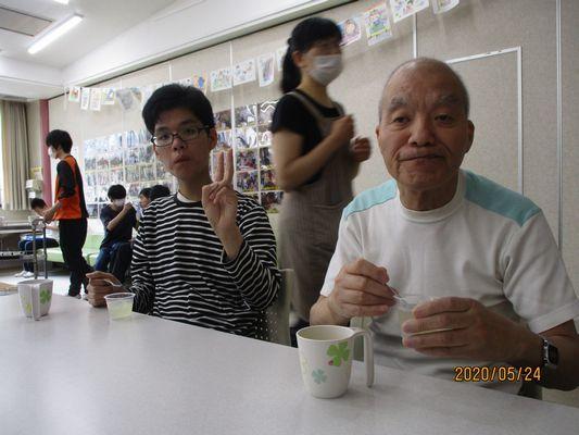 5/24 日曜喫茶_a0154110_15074331.jpg