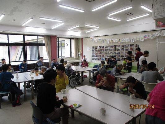 5/24 日曜喫茶_a0154110_15074645.jpg